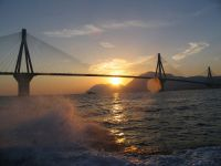 Мост Рио-Антирио (Источник http://en.wikipedia.org/wiki/File:Rio_Antirio_Bridge_by_sunset.jpg)